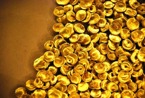 Megamergers-of-gold-companies-redefining-the-industry-1-e1550827985716.jpg